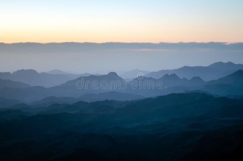 Widok od góry Mojżesz, piękny wschód słońca w górach Egipt obraz royalty free