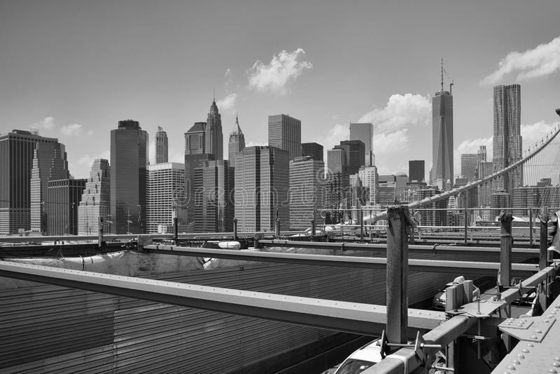 Widok od historycznego mosta brooklyńskiego Miasto Nowy Jork, Nowy Jork, fotografia royalty free