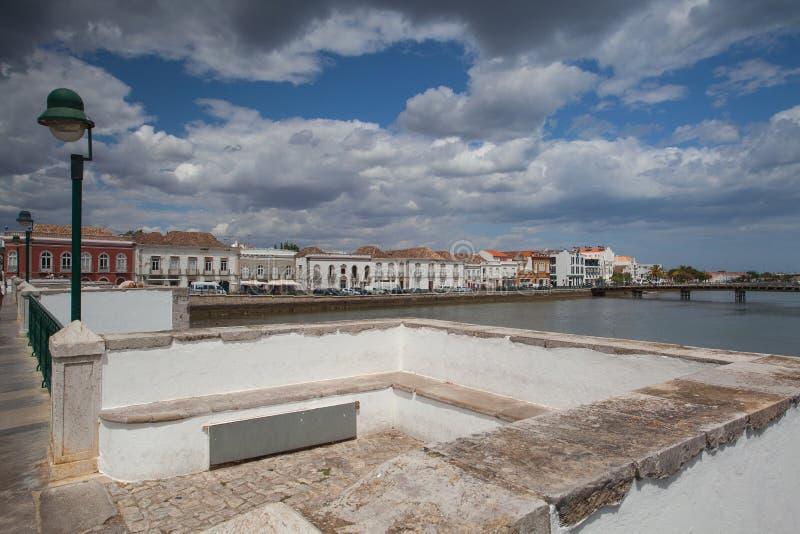 Widok od historycznego mosta w Tavira obrazy royalty free