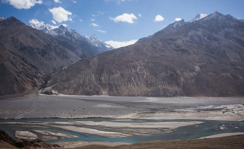 Widok od Khaakha fortecy Piękna sceneria wzdłuż wycieczki samochodowej na Wakhan dolinie, Pamir autostrada, Tajikis obrazy stock