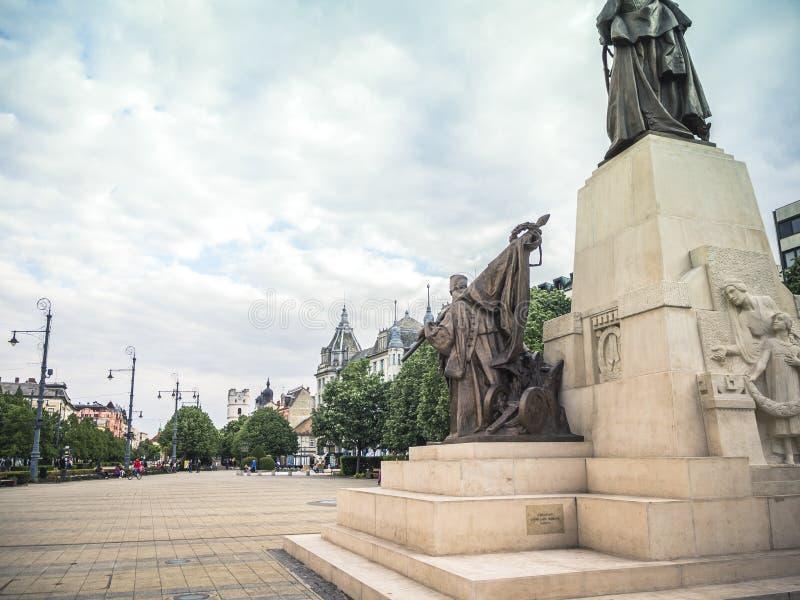 Widok od Kossuth statuy w Debrecen Grand Hotel Aranybika obrazy royalty free