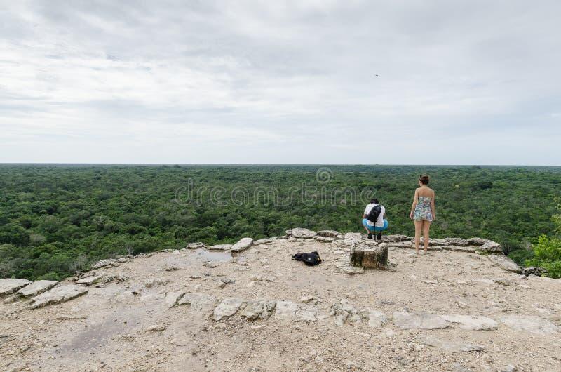 Widok od Majskiego ostrosłupa przy coba, Cancun, Mexico obraz royalty free