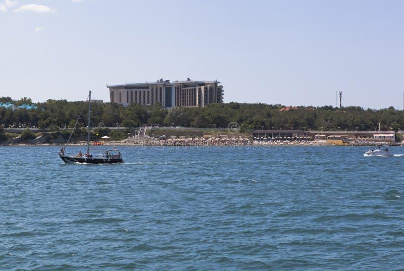 Widok od morza przy hotelowym Kempinski w miejscowości wypoczynkowej Gelendzhik, Krasnodar region, Rosja fotografia royalty free
