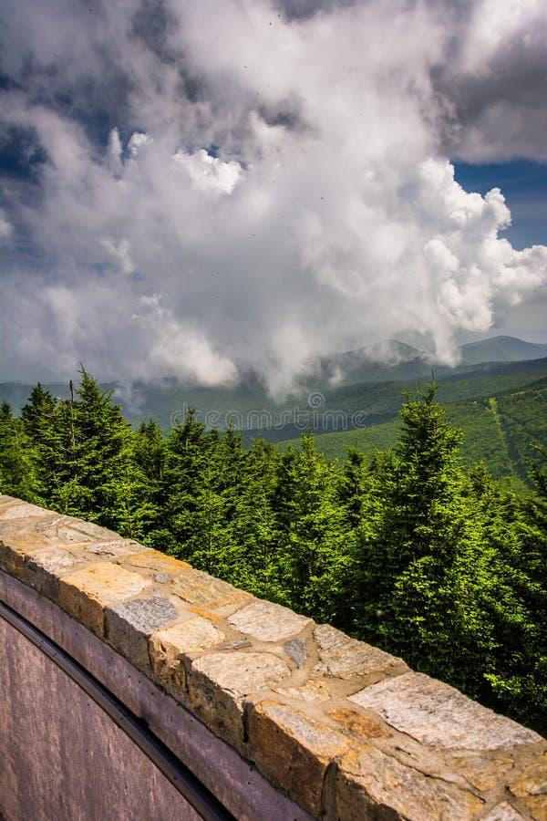 Widok od obserwaci wierza przy górą Mitchell, Północny Carolin zdjęcia royalty free