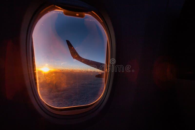 Widok od okno samolot obraz royalty free