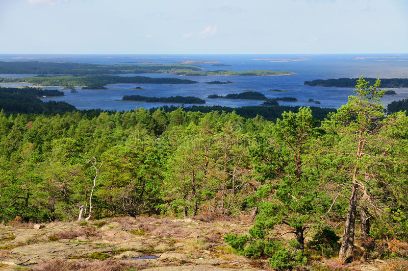 Widok od Orrdalsklint, Aland, Finlandia zdjęcie stock