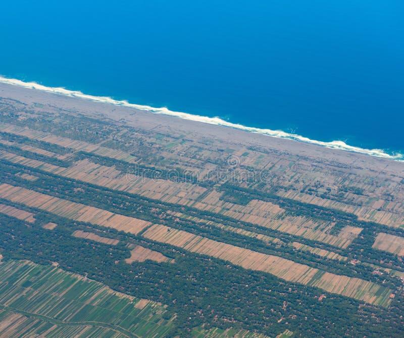 Widok od samolotu na śródpolnym Indonezja zdjęcie stock