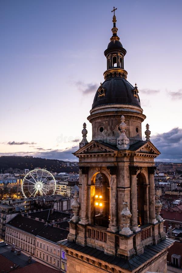Widok od St Stephen s bazyliki Dzwonkowy wierza w Budapest, Węgry obrazy royalty free