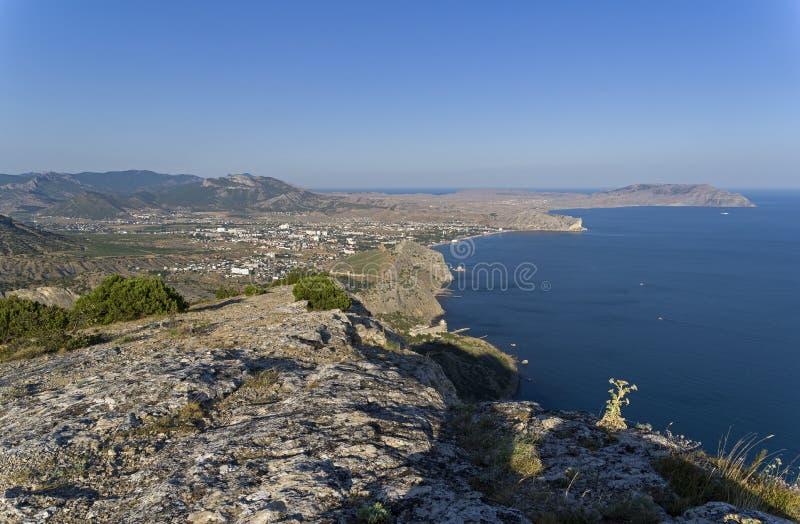 Widok od zbocza góry Czarny Denny wybrzeże, Crimea zdjęcie stock