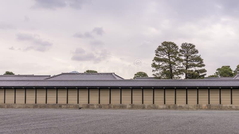 Widok perymetr ściana Kyoto Cesarski pałac, Japonia zdjęcie stock