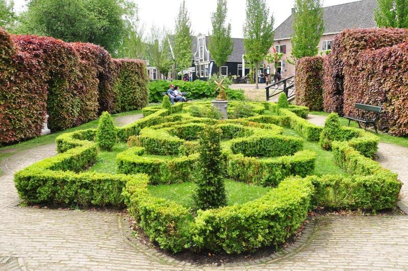 Widok piękny ogród przy Zaanse Schans, holandie obrazy royalty free