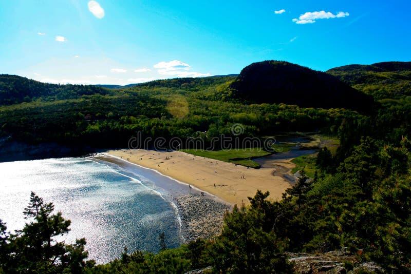 Widok piasek plaża przy Acadia parkiem narodowym obrazy stock