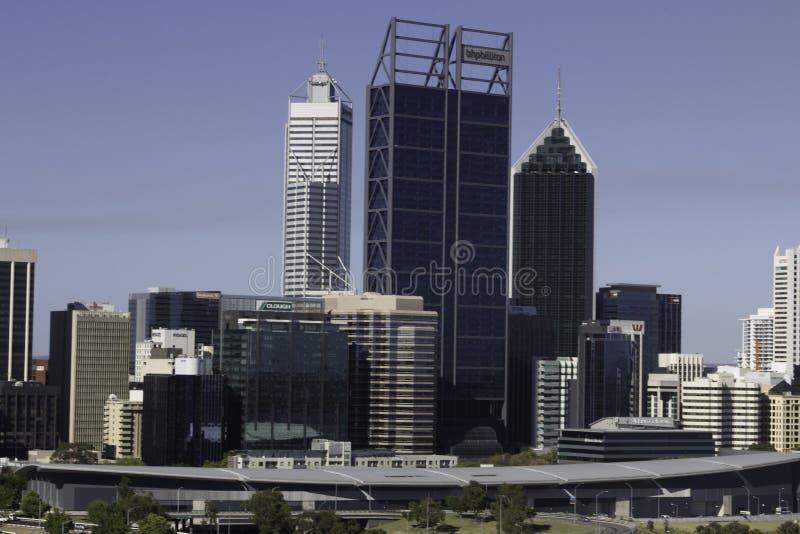 Widok pieniężny teren, biura, handlowi budynki i drapacze chmur miasto Perth, zdjęcia royalty free