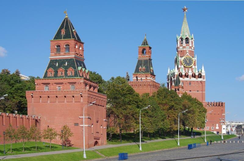 Widok plac czerwony z Vasilevsky spadkiem w Moskwa, Rosja zdjęcia stock