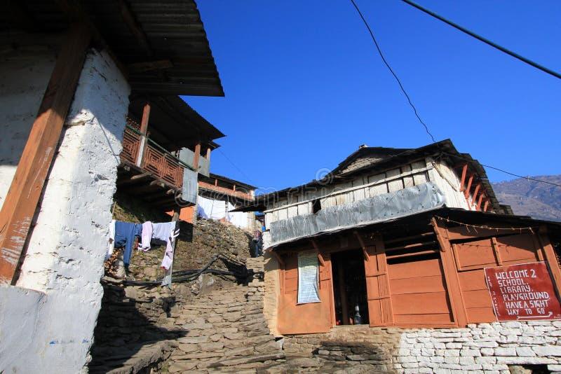 Download Widok Poon wzgórze w Nepal obraz stock editorial. Obraz złożonej z naturalny - 53785459