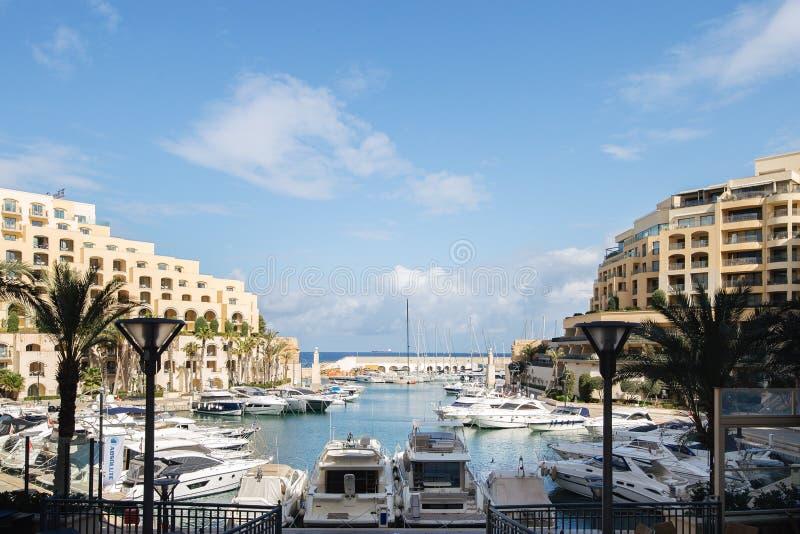 Widok Portomaso Marina w St Julians Malta obraz stock