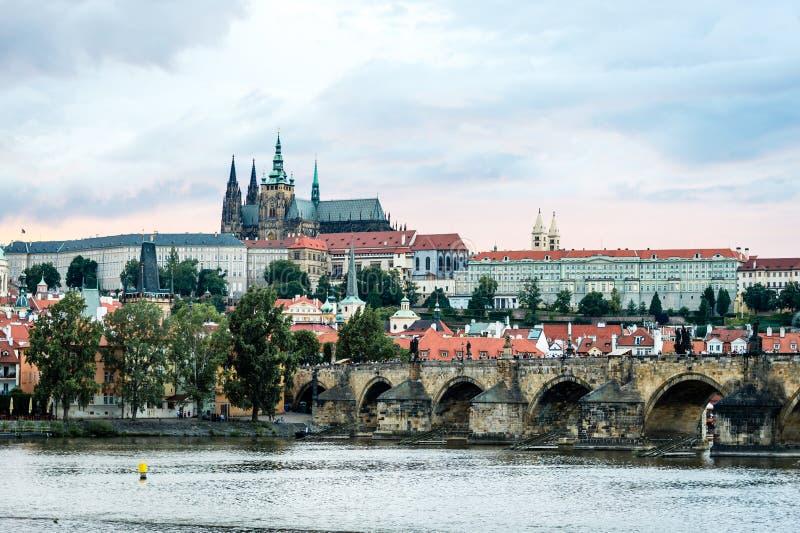 Widok Praga kasztel w wieczór, republika czech zdjęcia stock