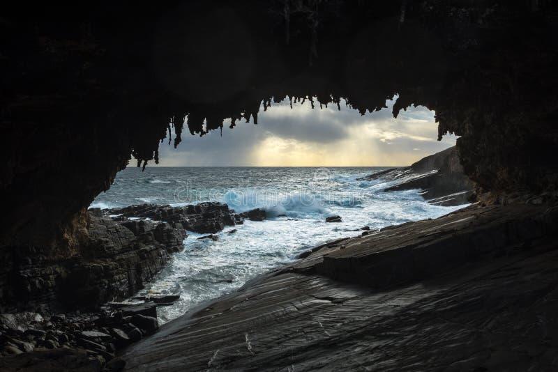 Widok przez Admirals łuku, przylądek Couedic, kangur wyspa, Południowy Australia obraz stock