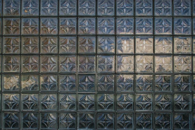 Widok przez witrażu okno Stary miasto w Krakow, Polska obraz stock