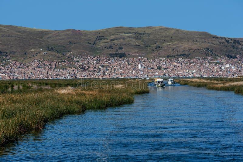 Widok Puno Titicaca jeziorem, Peru zdjęcia royalty free