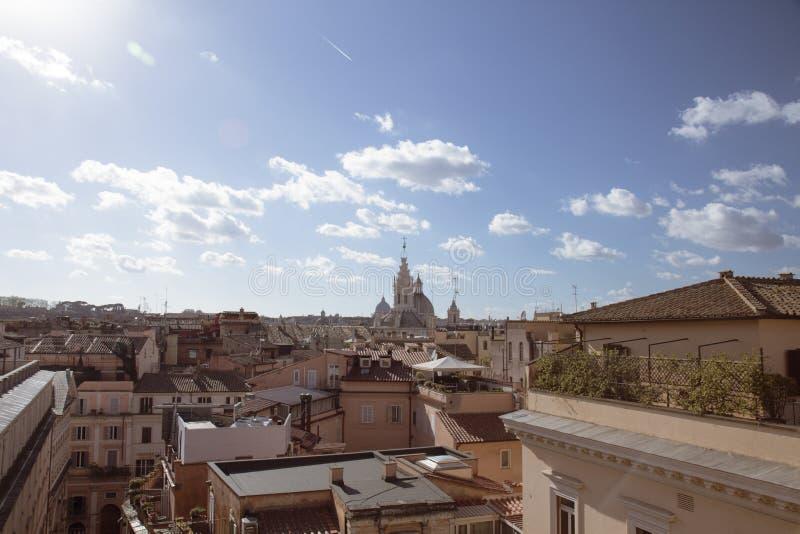 Widok Rzym od tarasu, nadzoruje dachy budynki w centrum miasto zdjęcia royalty free