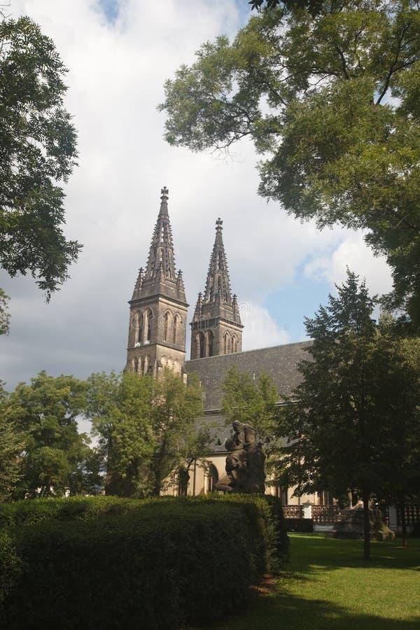 Widok sławna bazylika St Peter i St Paul w Vysehrad obraz royalty free