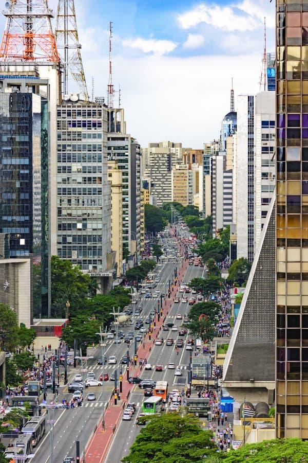 Widok sławna Paulista aleja obrazy stock