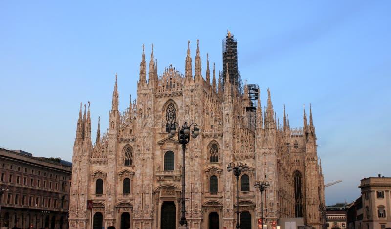 Widok sławni Mediolańscy Katedralni Duomo di Milano, Włochy zdjęcie stock