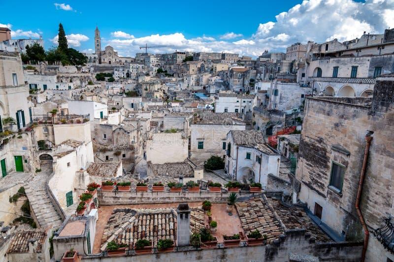 Widok Sassi di Matera od piazza Vittorio Veneto fotografia royalty free