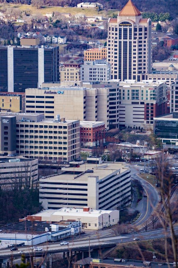 Widok serce W centrum Roanoke od Młyńskiej góry Przegapia zdjęcie stock