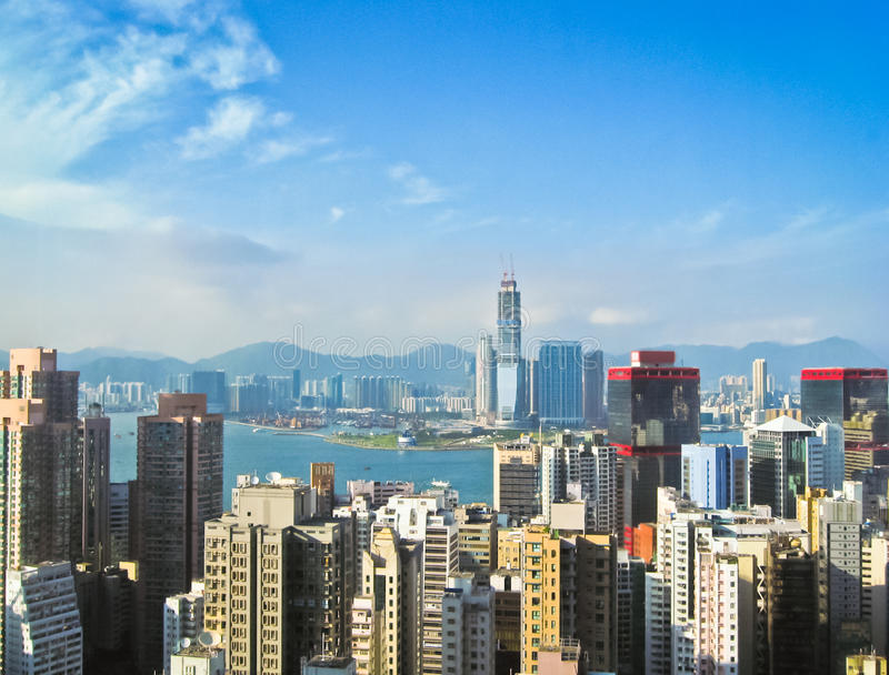 Skycrapers w Hong Kong z słońcem 3 zdjęcia stock