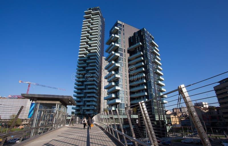 Widok solaria, Solea i aria, Góruje blisko Garibaldi dworca, inside ` Porta Nuova ` teren w Mediolan, Włochy zdjęcie stock