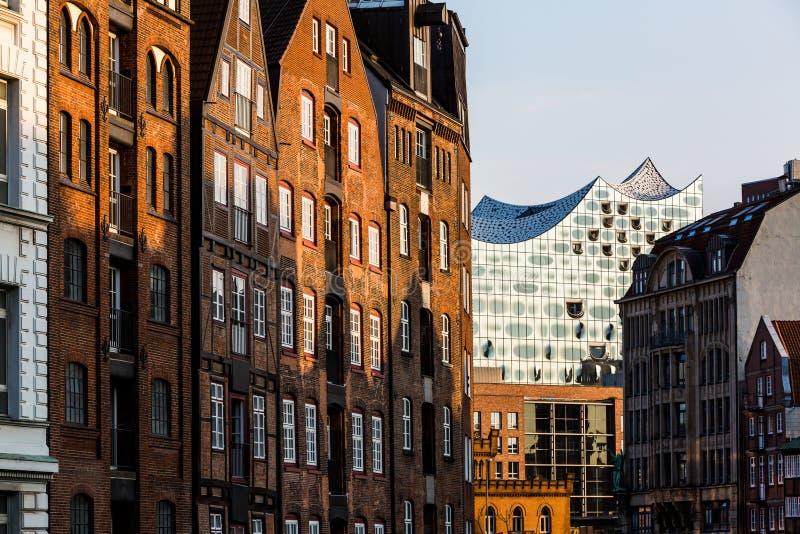 Widok Speicherstadt, także nazwany Hafen miasto w Hamburg, fotografia stock