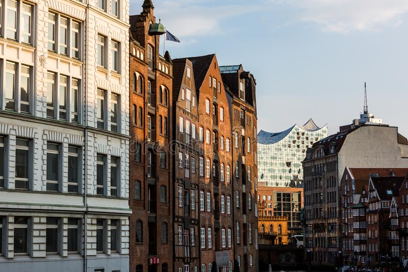 Widok Speicherstadt, także nazwany Hafen miasto w Hamburg, fotografia royalty free