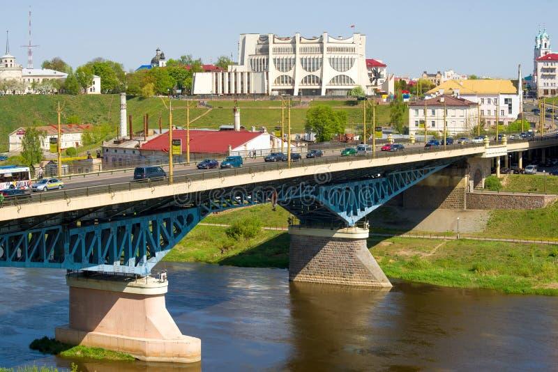 Widok Stary most nad Neman rzeką Grodno zdjęcia stock