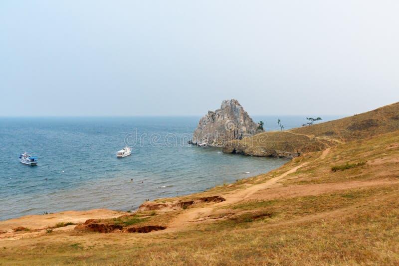 Download Widok Szaman Skała Baikal Jeziora Baikal Jezioro Olkhon Rosji Wyspy Rosja Obraz Stock - Obraz złożonej z siberia, lato: 106909533
