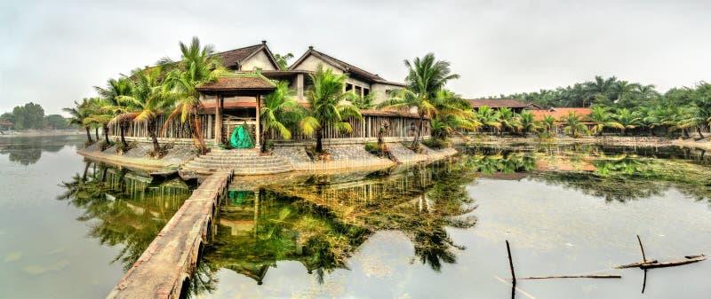 Widok Tama Coc miasteczko w Ninh Binh prowincji Wietnam fotografia royalty free