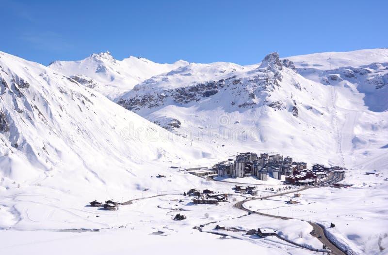 Widok Tignes wioska w Francuskich Alps zdjęcia stock