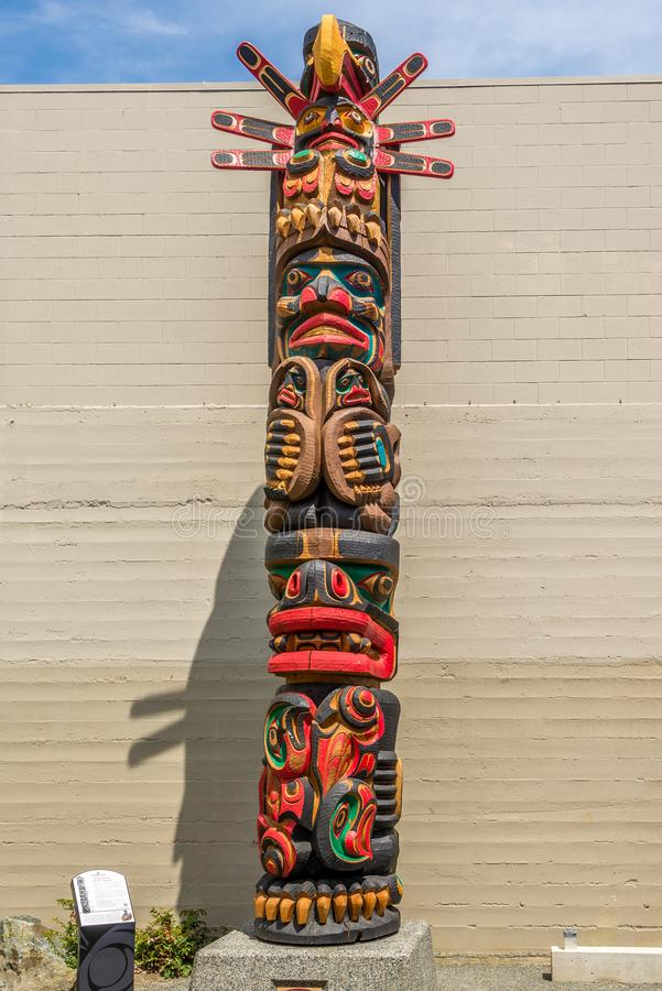 Widok totemy w Duncan, Kanada - obrazy stock