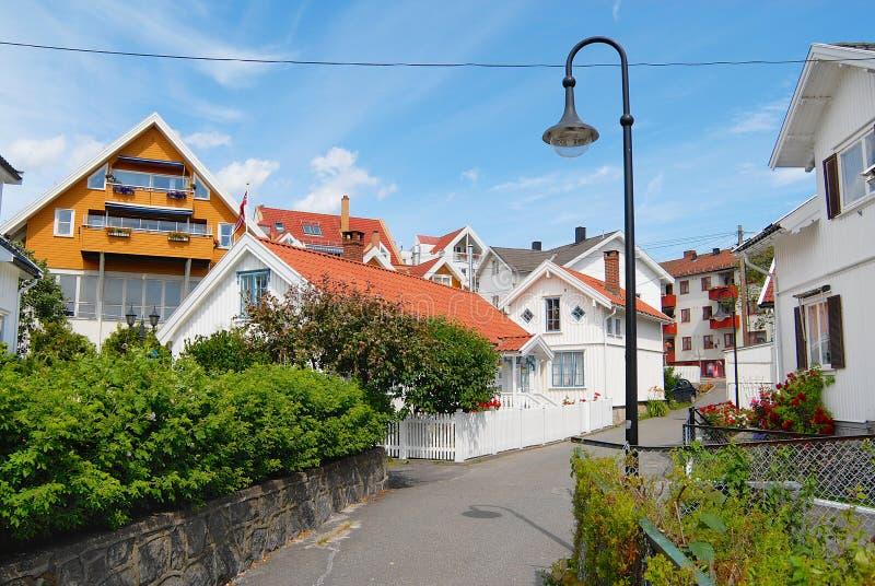 Download Widok Tradycyjni Norwegów Domy W Frogn, Norwegia Fotografia Editorial - Obraz złożonej z drewniany, miastowy: 57668457