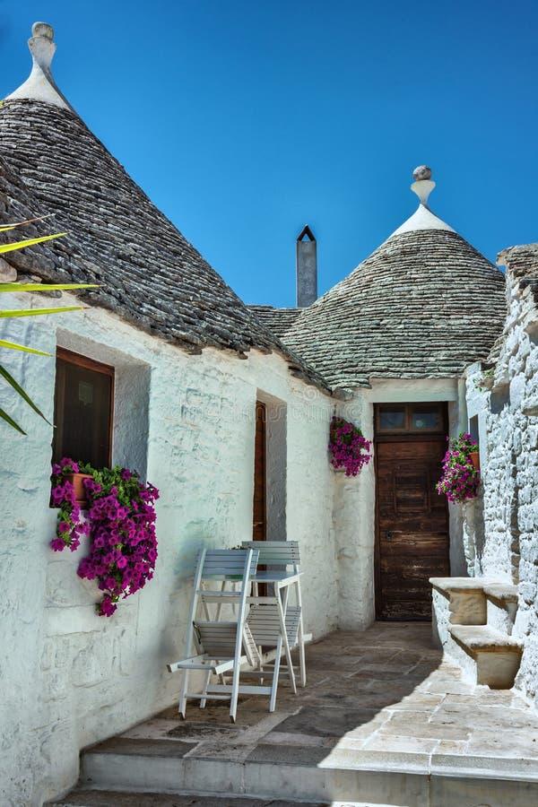 Widok Trulli domy w Alberobello obraz stock