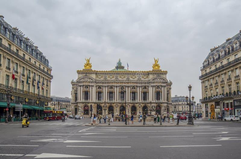 Widok Uroczysta opera lub opera Garnier Krajowy Acad zdjęcie stock