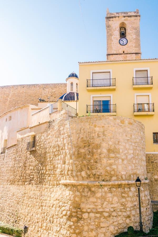 Widok Villajoyosa kasztel, prowincja Alicante Hiszpania zdjęcia stock
