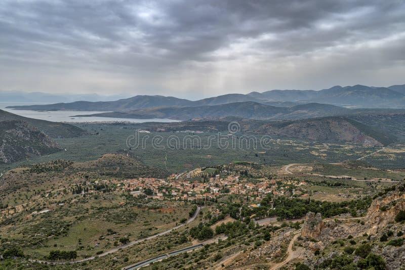 Widok w kierunku Chryso i Corinth zatoka blisko Delphi w Grecja obrazy stock