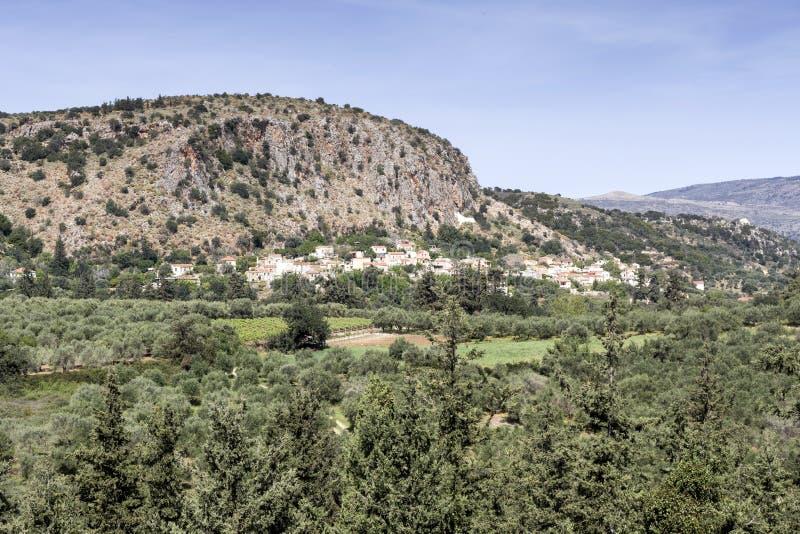 Widok wieś w górach zdjęcia royalty free