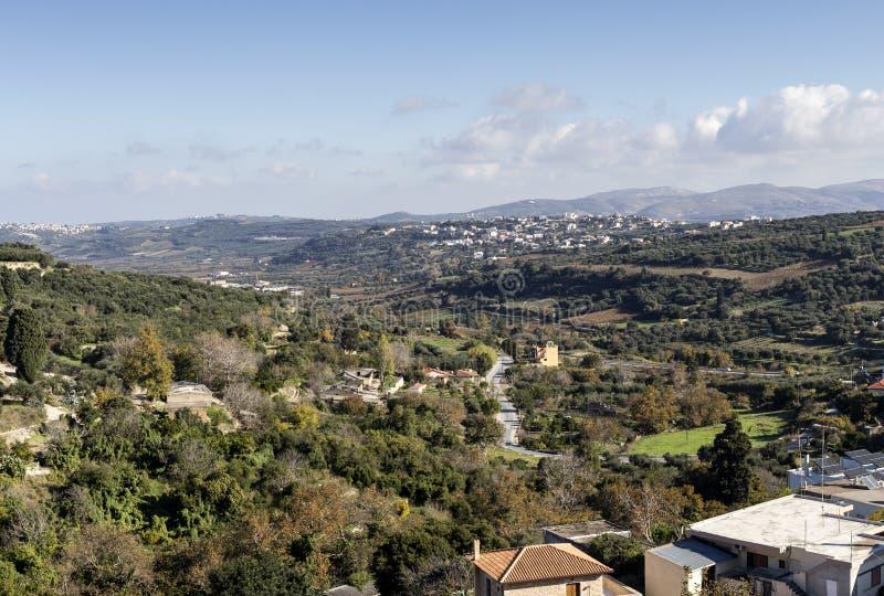 Widok wieś w górach obrazy stock
