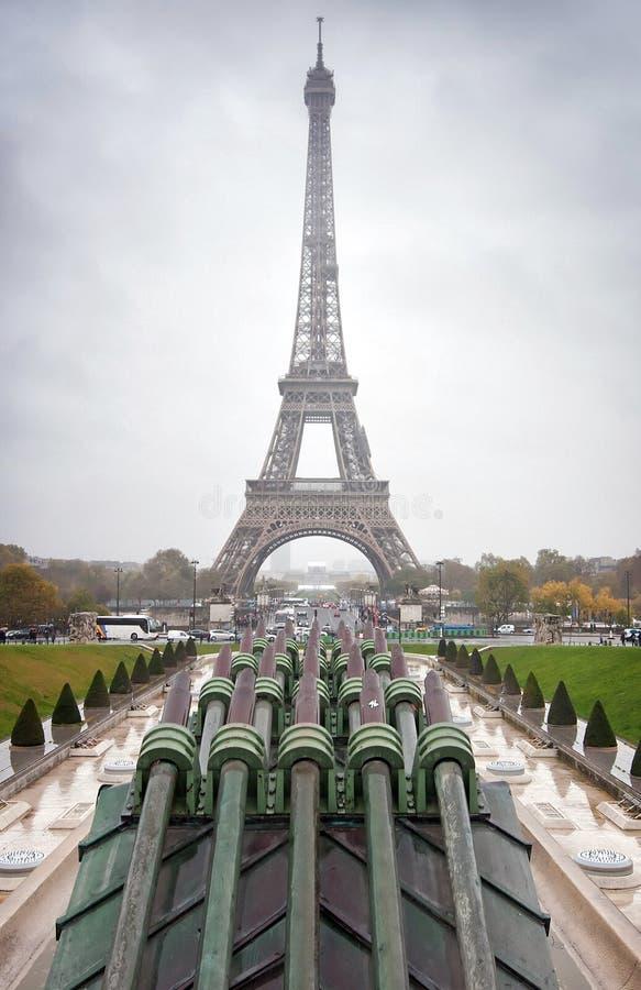 Widok wieża eifla od Jardins Du Trocadero, Paryż fotografia stock