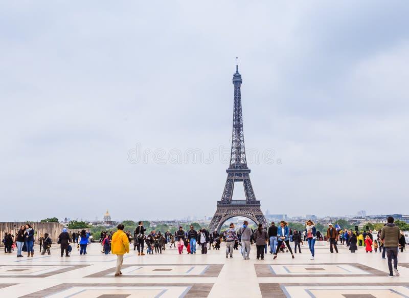 Widok wieża eifla od obserwacja pokładu przy Palais De Chaillot w Paryż zdjęcia stock