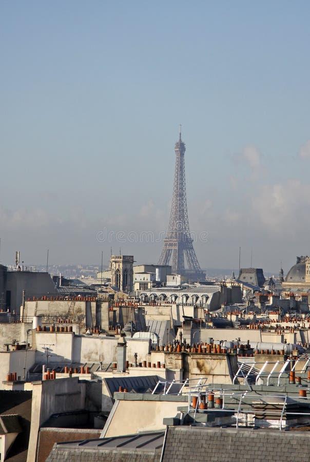 Widok wieża eifla z wierzchu Centre Georges Pompidou Paris france obrazy royalty free