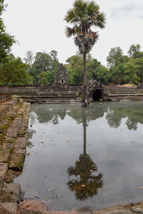 Widok wyspa świątynny Preah Neak Poan przy Angkor obrazy royalty free